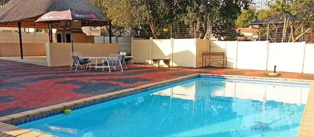 tuskers, bnb, b&b, bed and breakfast, ladysmith, battlefields, wedding venue, small conference venue, facilities, dstv, air-conditioning, accommodation, guest house